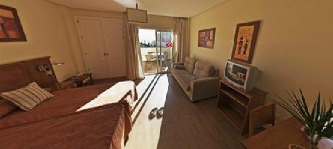 Vista De Rey Hotel Apartamentos in Benalmádena Costa, Costa del Sol W