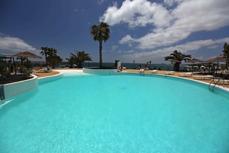 Blue Sea Costa Teguise Beach Chillout in Costa Teguise, Lanzarote P