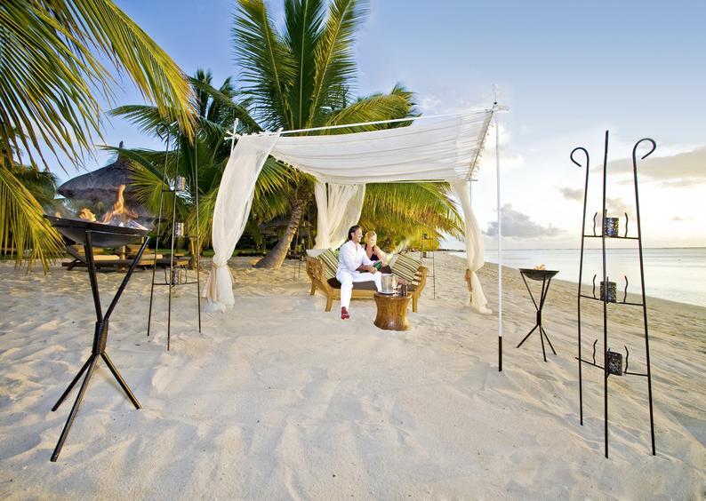Hochzeitsreise Heiraten im Paradies Mauritius Lux Le Morne