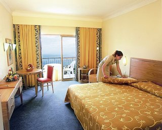 Hotelzimmer mit Golf im Porto Santa Maria
