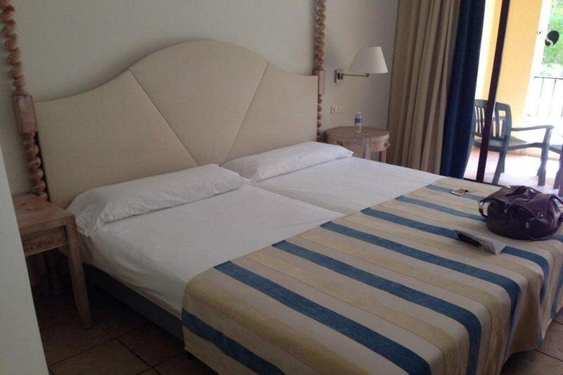 Hotelzimmer im ROBINSON Club Cala Serena günstig bei weg.de