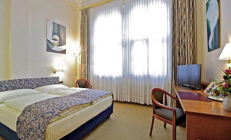 Hotelzimmer mit Aufzug im Hotel Viktoria