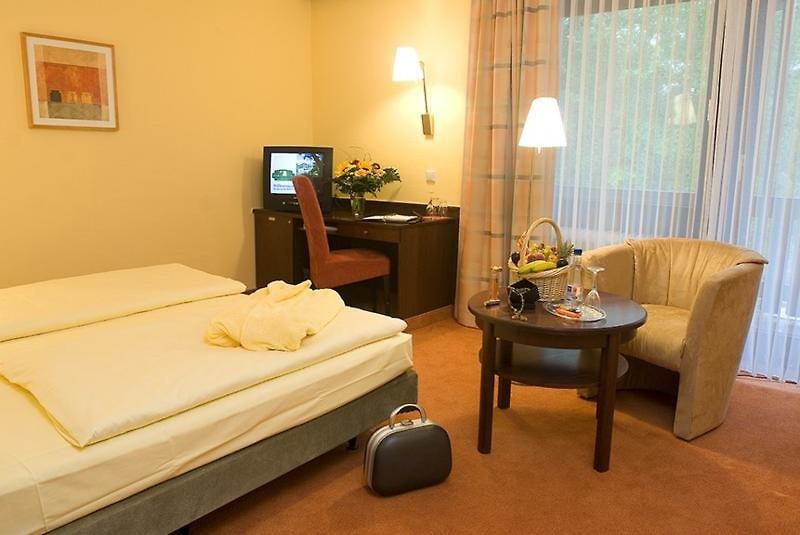 Hotelzimmer im Parkhotel Rödermark günstig bei weg.de