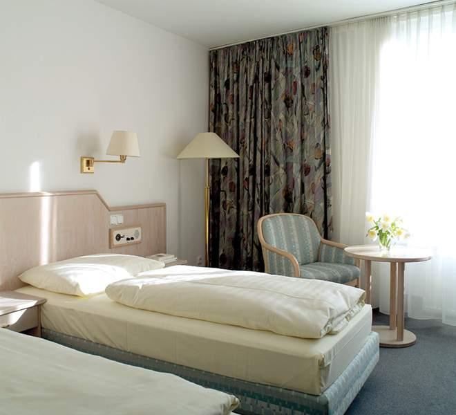 Hotelzimmer mit Clubs im NH Deggendorf
