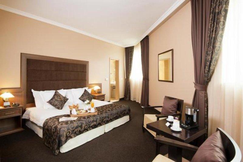 Hotel Best Western Expo günstig bei weg.de buchen - Bild von Ameropa