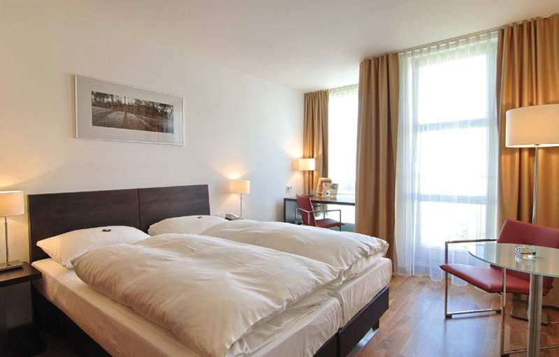 Hotelzimmer mit Fitness im Leonardo Hotel München City West
