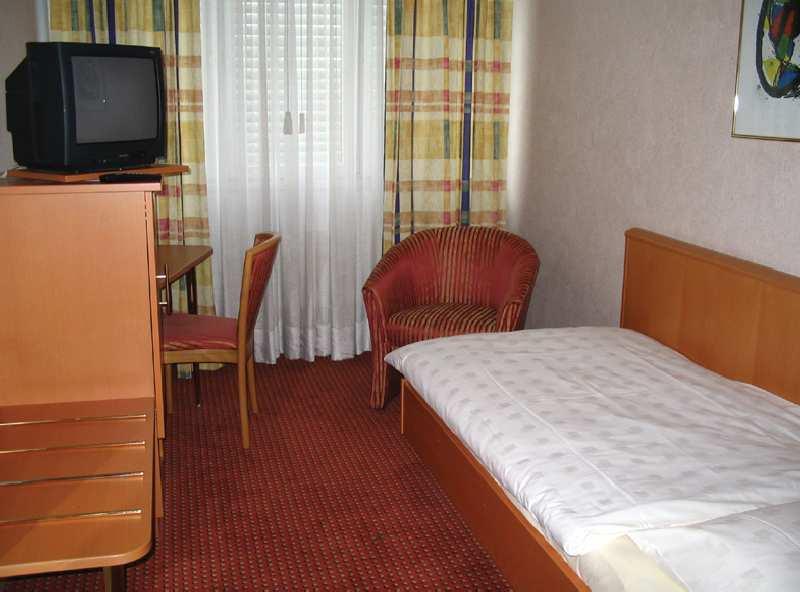 Hotelzimmer mit Internetzugang im Alexander