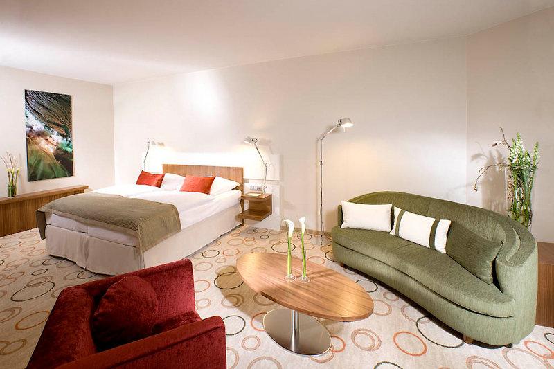 Hotelzimmer mit Aerobic im Hotel Nikko Düsseldorf