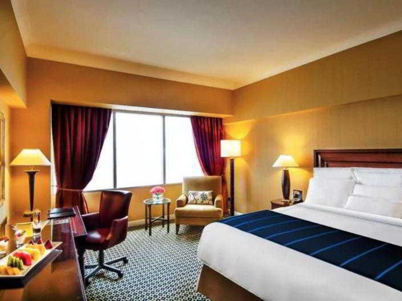 Hotelzimmer mit Tennis im JW Marriott Hotel Lima