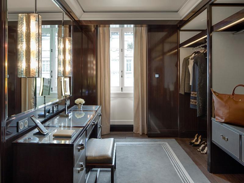 Hotelzimmer mit Fitness im The Peninsula Paris