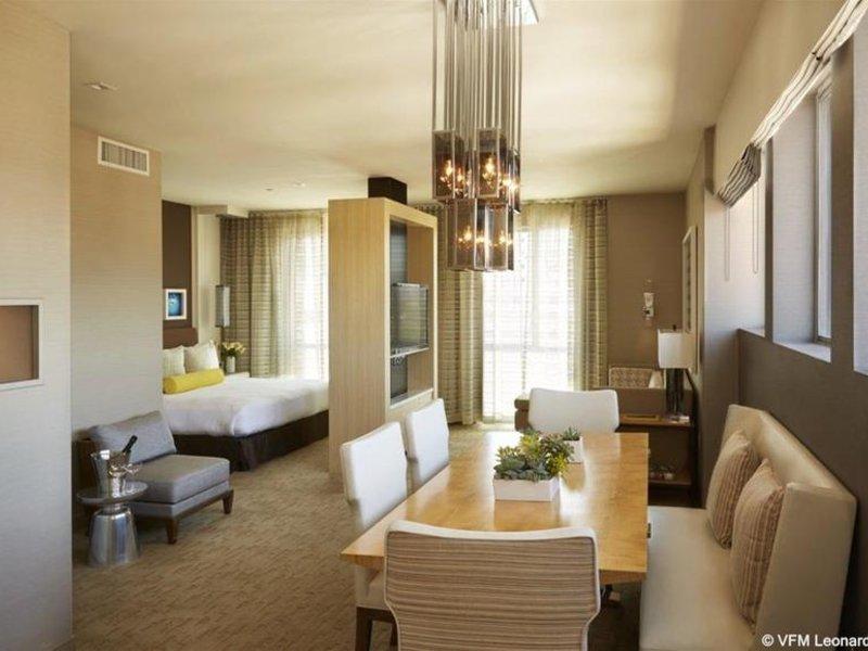 Hotelzimmer mit Kinderbetreuung im Kimpton Hotel Wilshire