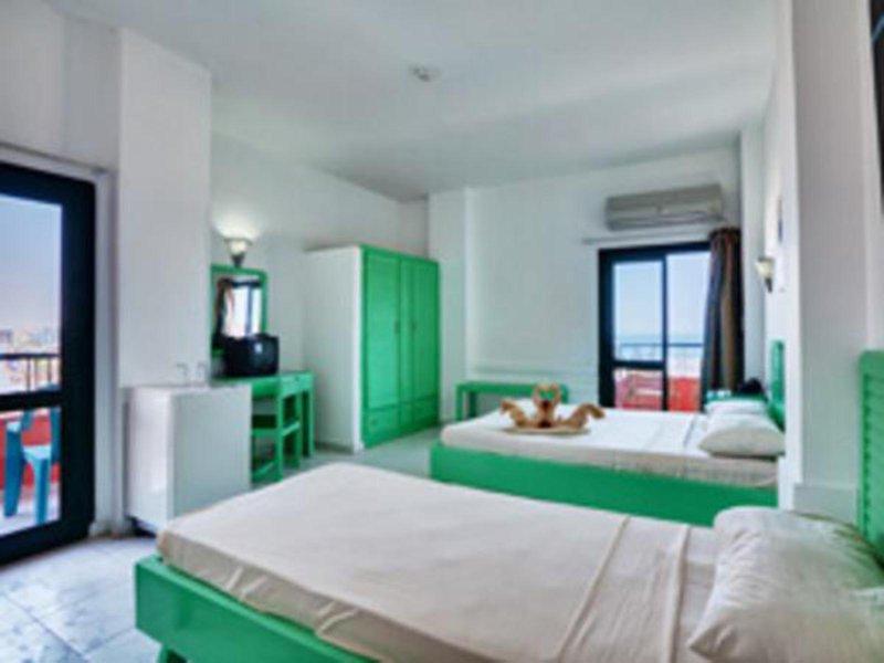 Hotelzimmer mit Hallenbad im Sea View