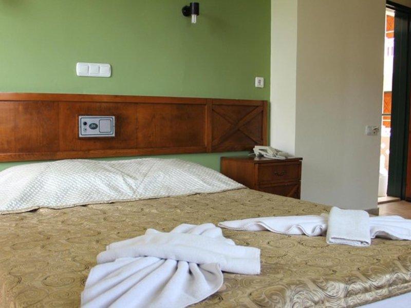 Hotelzimmer mit Tischtennis im Benna