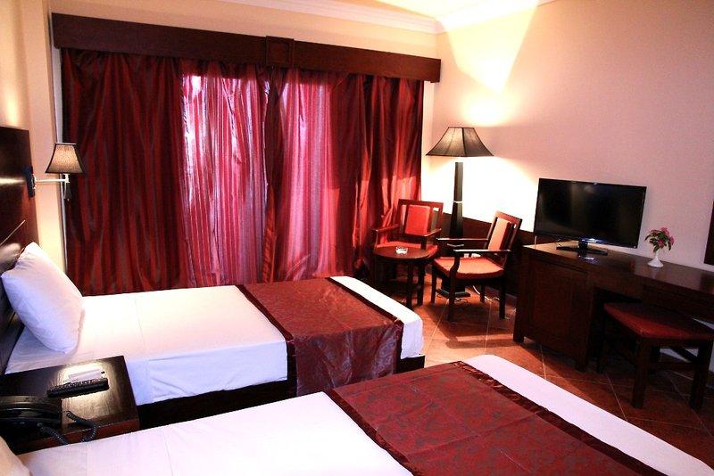 Hotelzimmer mit Yoga im Brayka Lagoon Resort