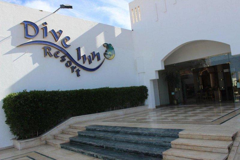 Hotelzimmer mit Mountainbike im Dive Inn Resort