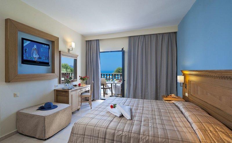 Hotelzimmer mit Tennis im Geraniotis Beach