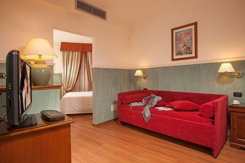 Hotelzimmer mit Aufzug im Cosmopolita