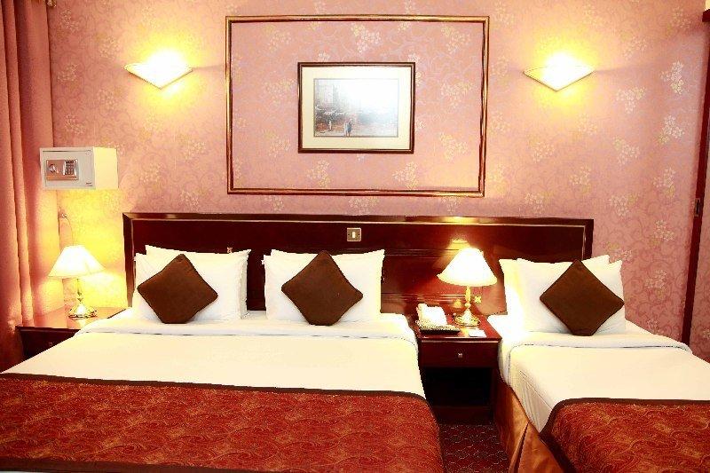 Hotelzimmer im Orchid Hotel günstig bei weg.de