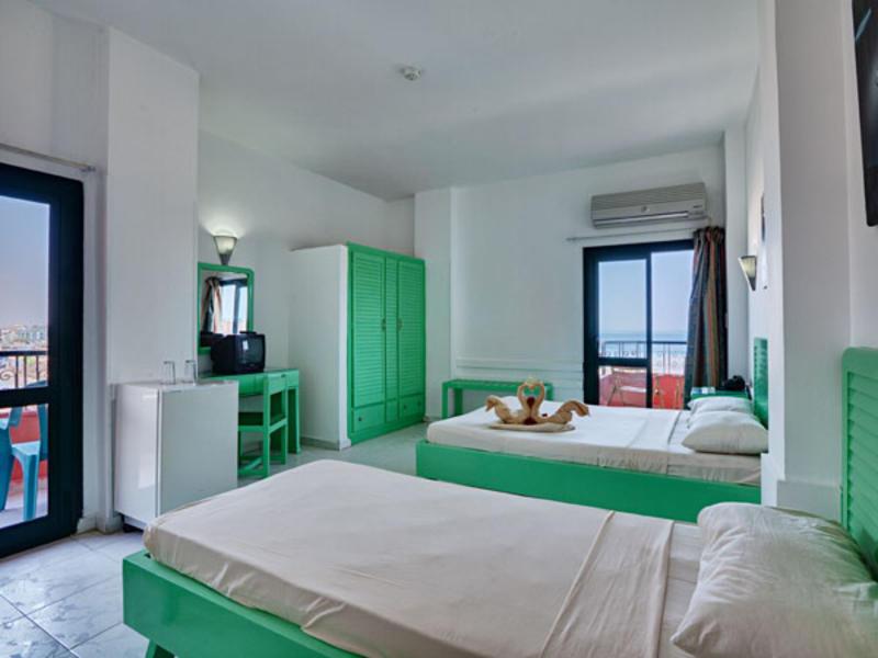 Hotelzimmer mit Sandstrand im Sea View