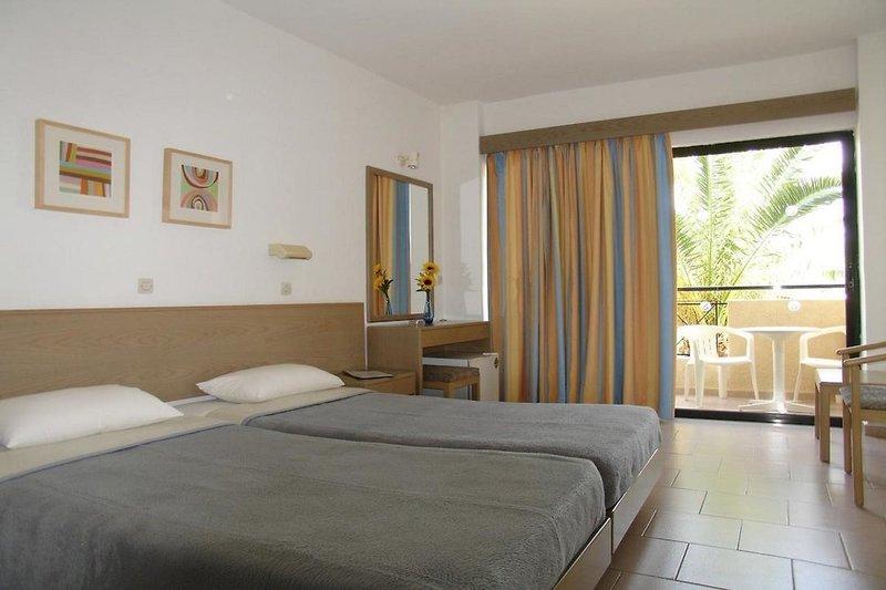 Hotelzimmer im Summerland Hotel & Bungalows günstig bei weg.de