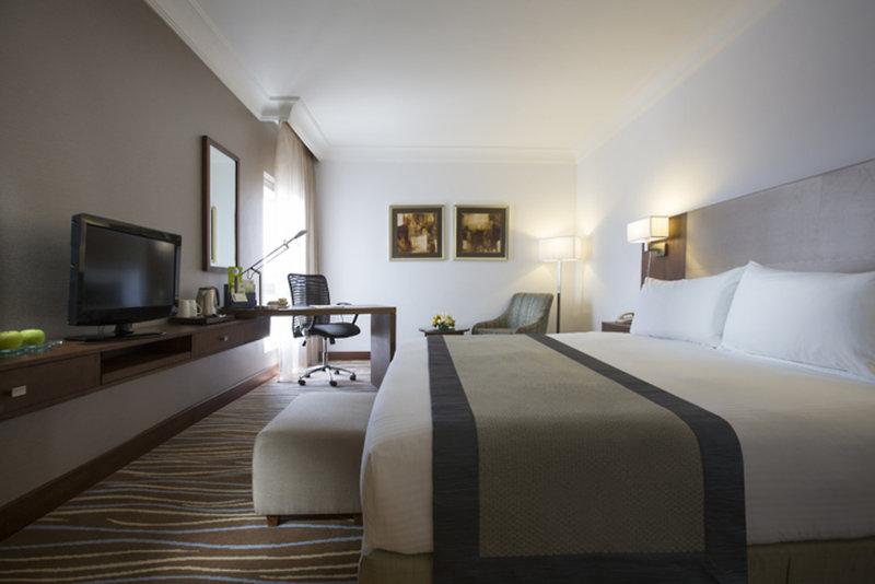 Hotelzimmer mit Spielplatz im Holiday Inn Abu Dhabi Downtown