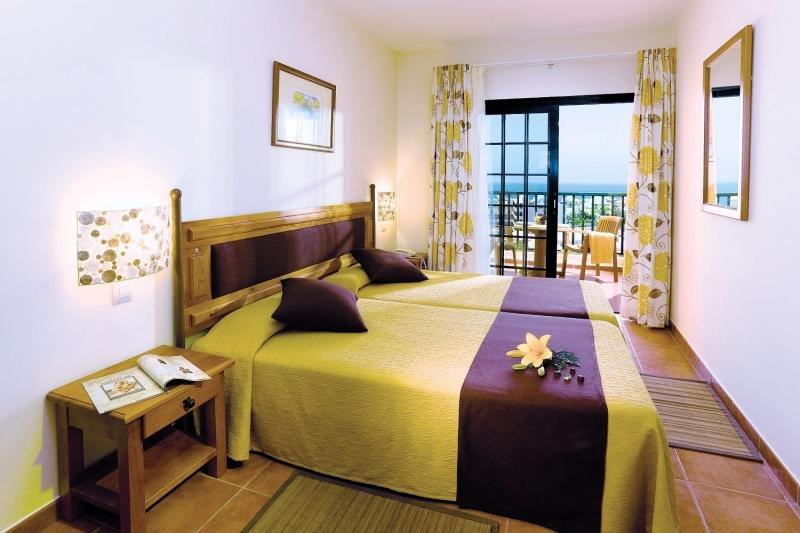 Hotelzimmer im GF Hotel Isabel günstig bei weg.de