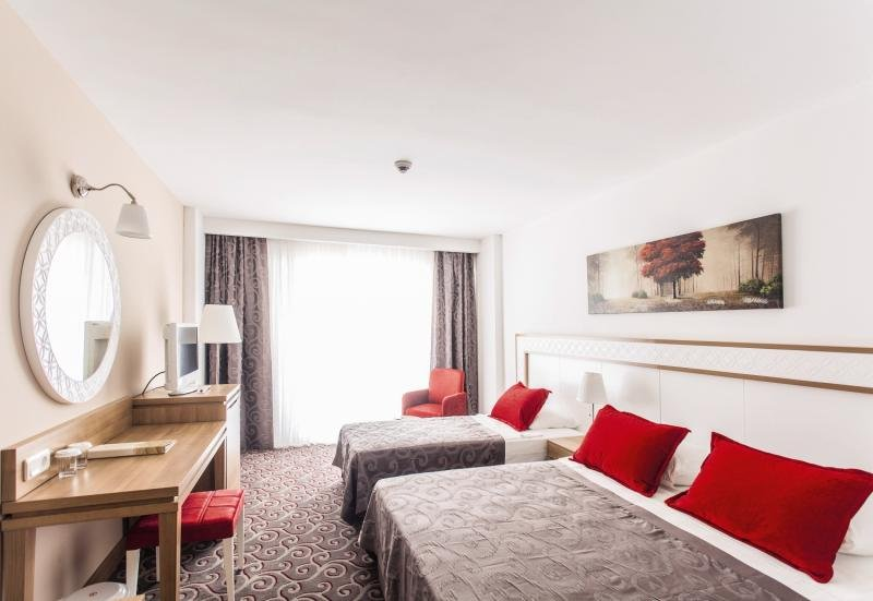Hotelzimmer mit Minigolf im Galeri Resort Hotel