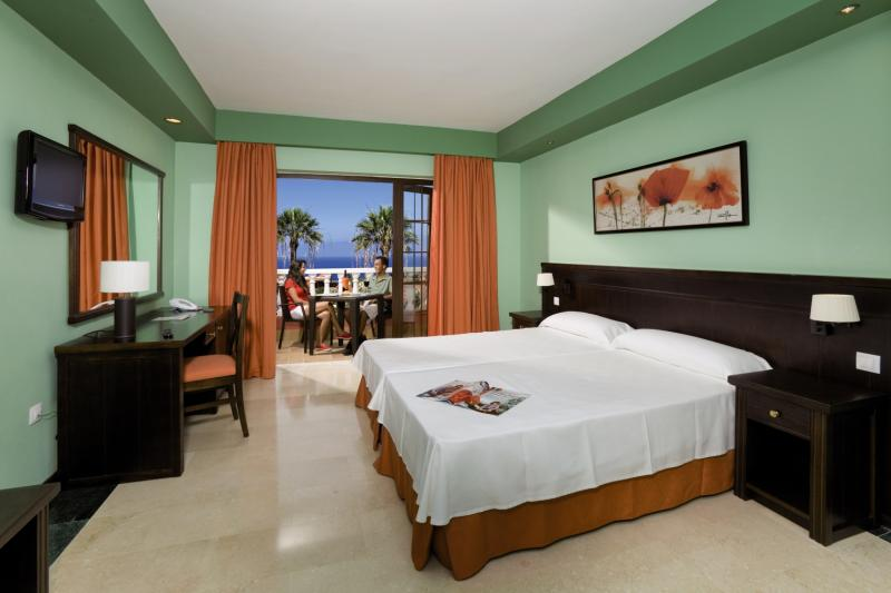 Hotelzimmer mit Volleyball im Hotel Grand Callao
