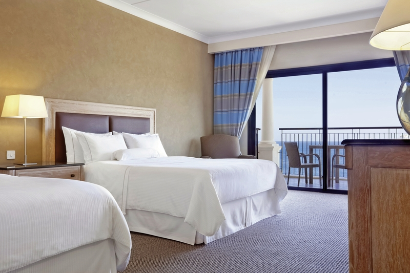 Hotelzimmer mit Mountainbike im The Westin Dragonara Resort, Malta