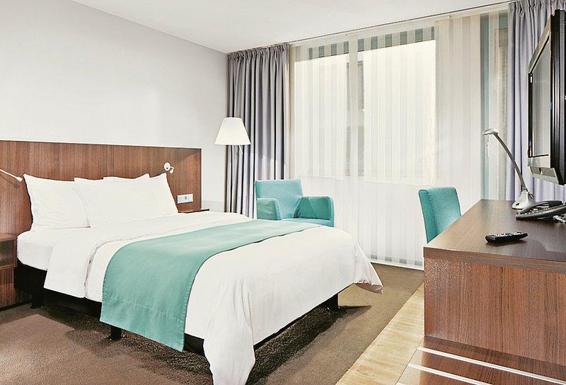 Hotel Holiday Inn Düsseldorf - Hafen 34 Bewertungen - Bild von ITS Indi