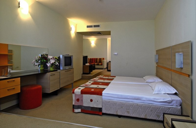 Hotelzimmer mit Tischtennis im smartline Meridian