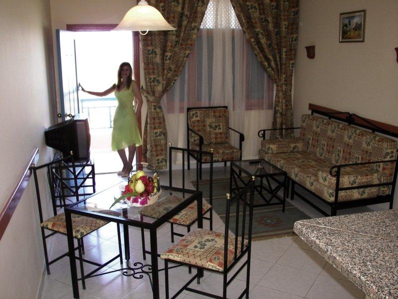 Hotelzimmer mit Tischtennis im Le Pacha Resort