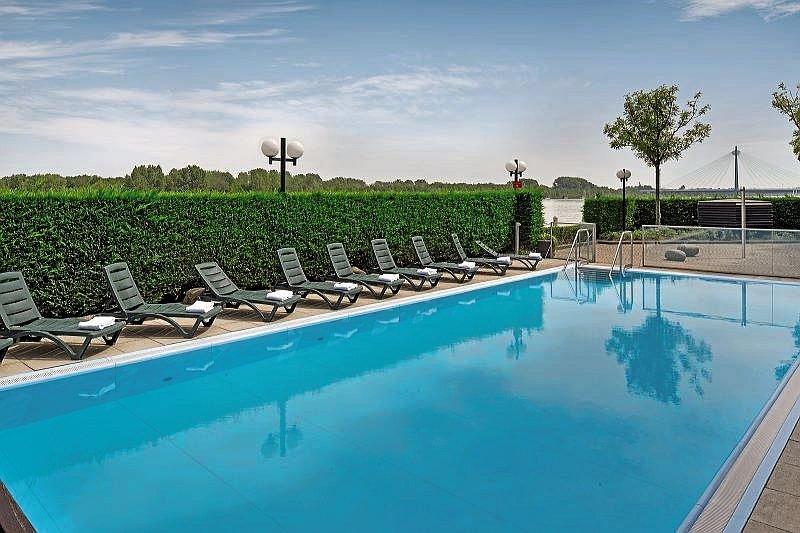 Hotel Hilton Vienna Danube Waterfront 66 Bewertungen - Bild von FTI Touristik