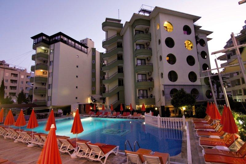 Krizantem Hotel günstig bei weg.de buchen - Bild von FTI Touristik