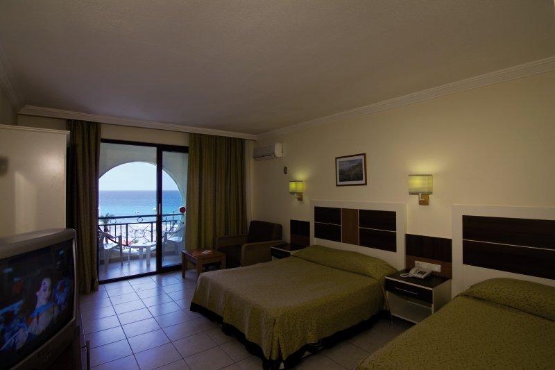 Krizantem Hotel 110 Bewertungen - Bild von FTI Touristik