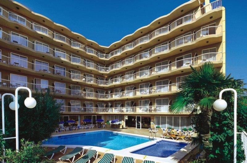 GFH Hotel Volga in Costa Barcelona - Bild von FTI Touristik