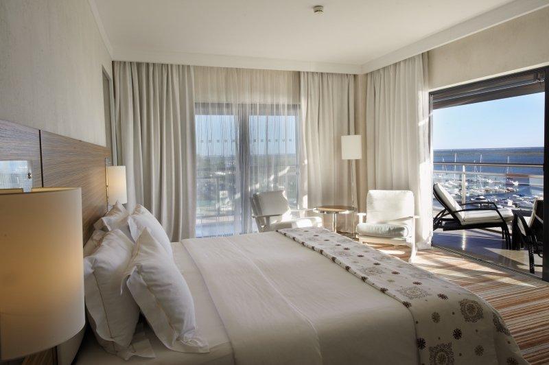 Hotelzimmer mit Golf im Real Marina Hotel & Spa