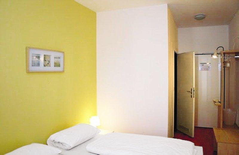 Hotel a&o Köln Neumarkt günstig bei weg.de buchen - Bild von FTI Touristik