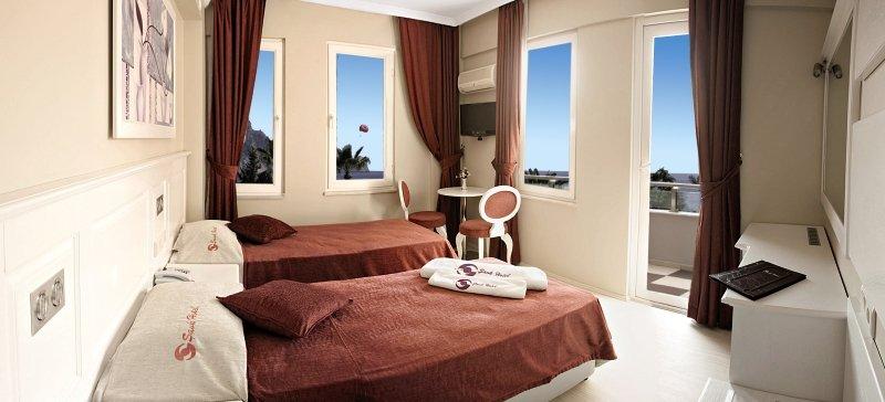 Hotelzimmer im Savk Hotel günstig bei weg.de