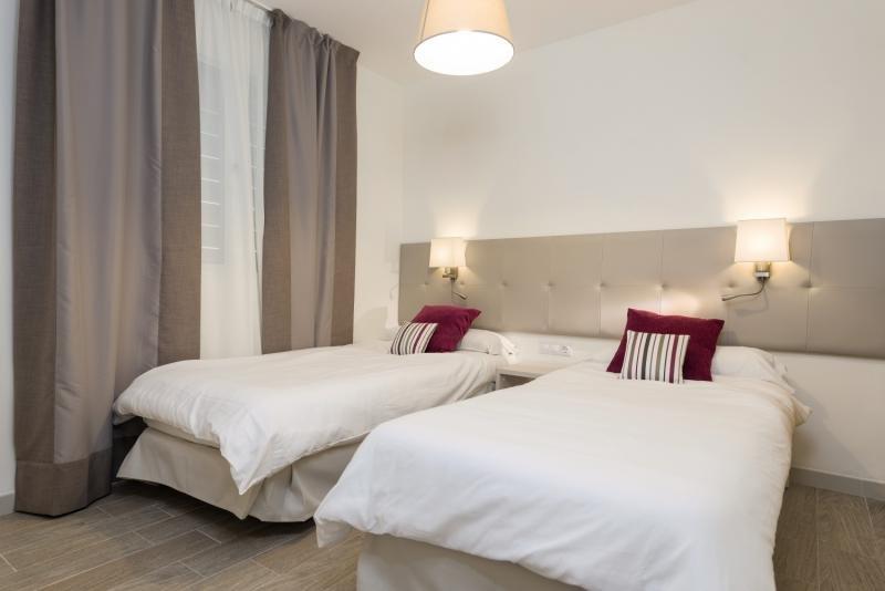 Hotelzimmer mit Yoga im Ferrer Janeiro Hotel & Spa