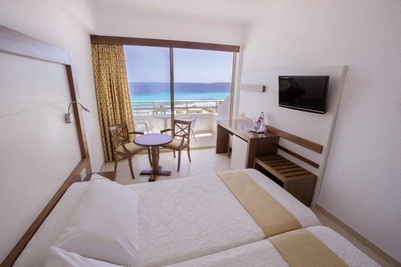 Hotelzimmer im Biniamar günstig bei weg.de