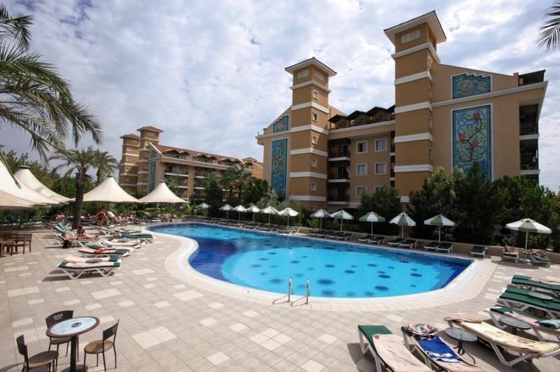 Hotel Crystal Paraiso Verde Resort & Spa in Türkische Riviera - Bild von FTI Touristik
