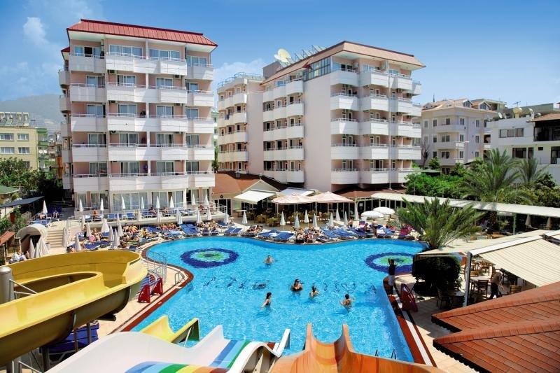Hotelzimmer mit Volleyball im Kahya Hotel