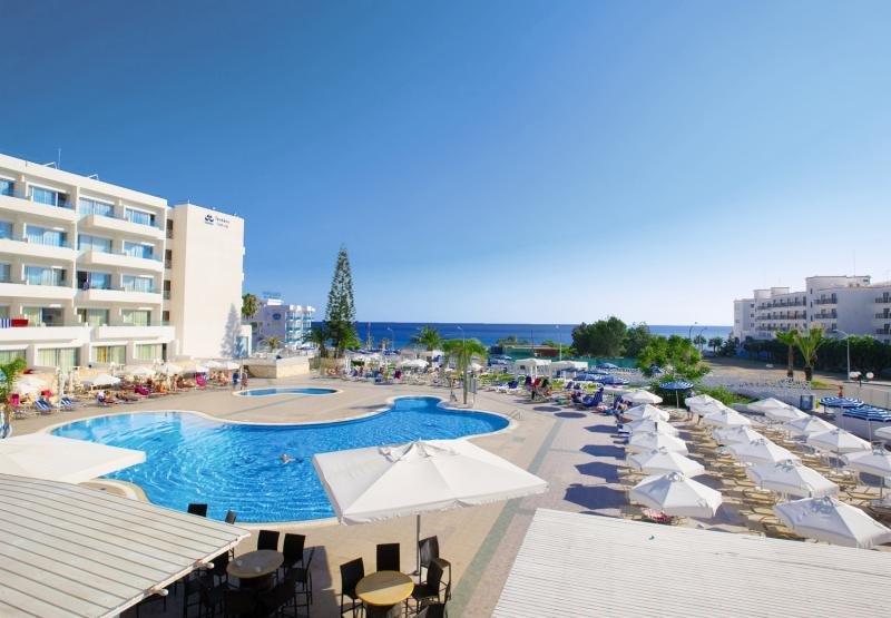 Odessa Beach Hotel in Zypern Süd - Bild von FTI Touristik