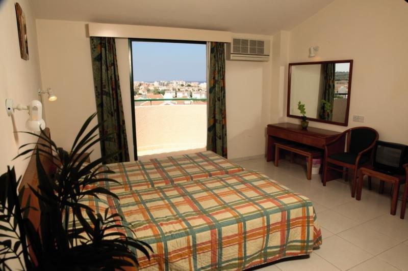 Mandalena Hotel Apartments 33 Bewertungen - Bild von FTI Touristik