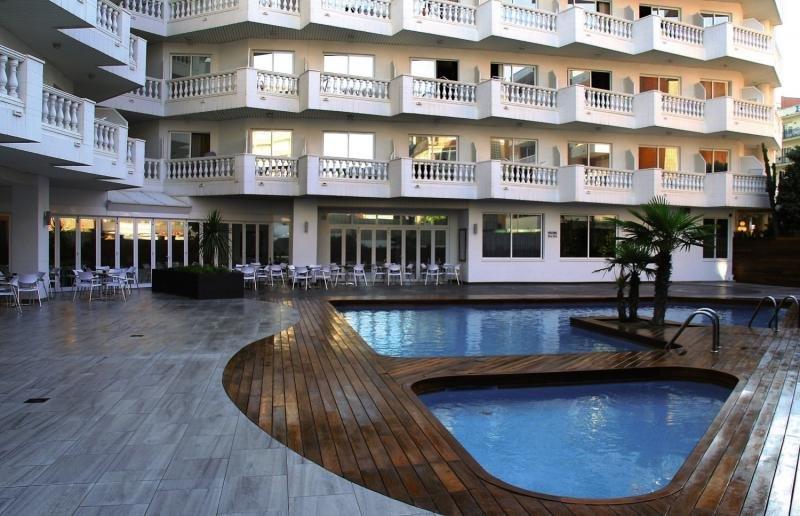 Hotel Hote Bernat II günstig bei weg.de buchen - Bild von FTI Touristik