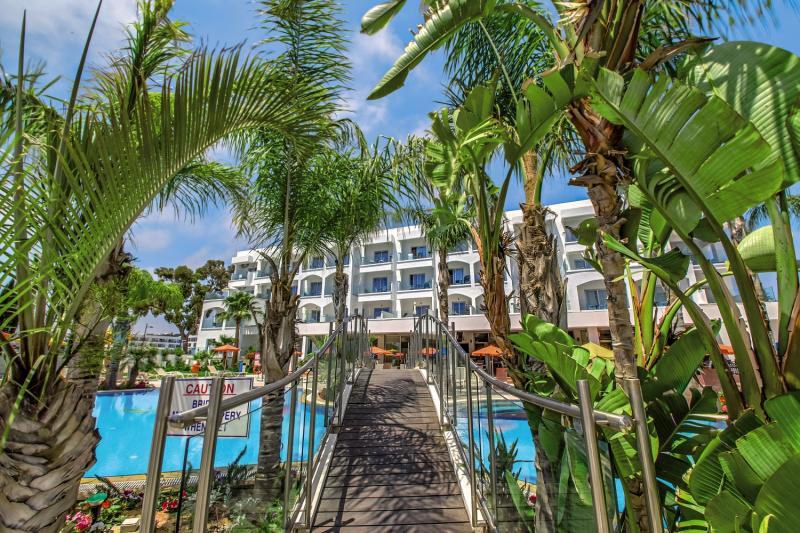 Hotel Anesis in Zypern Süd - Bild von FTI Touristik