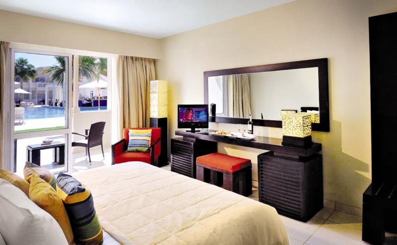 Hotelzimmer mit Volleyball im Reef Oasis Beach Resort
