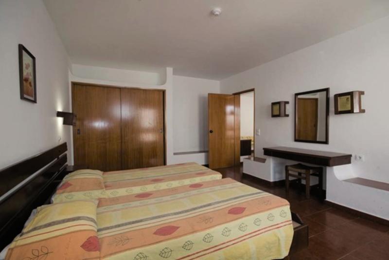 Hotelzimmer mit Tennis im Vilanova Resort