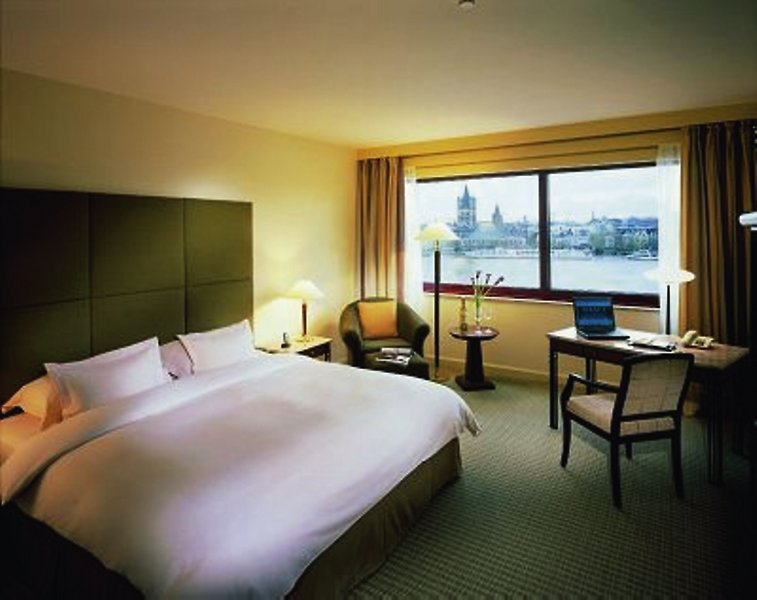 Hotelzimmer mit Aerobic im Hyatt Regency Köln